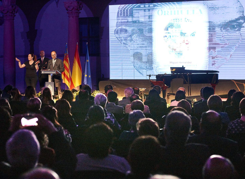 Orihuela abre el Año Hernandiano 2017 y rinde homenaje al poeta con motivo del 75º aniversario de su muerte